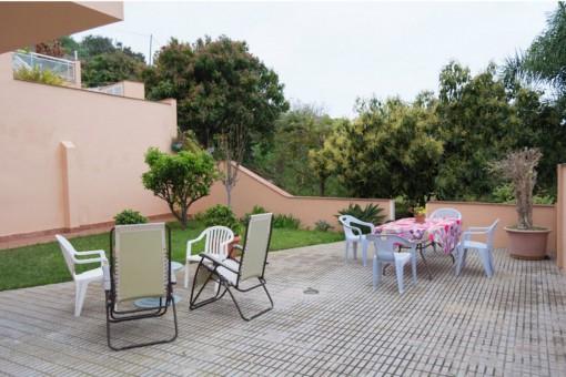 Renovierte 2-Schlafzimmer-Wohnung mit großem Garten in einer ruhigen Lage von Puerto de la Cruz