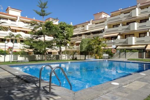 Schöne helle Wohnung mit sehr großer Terrasse, Pool und Tennisplatz in Puerto de la Cruz