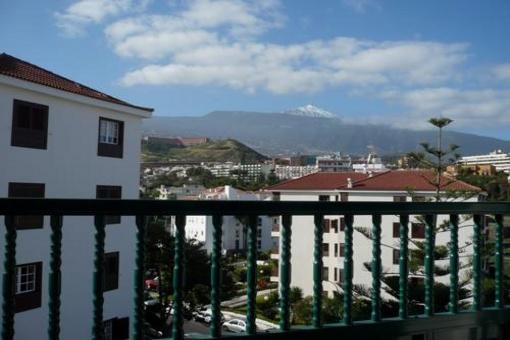 Appartement in Puerto de la Cruz mit Garage und Balkon