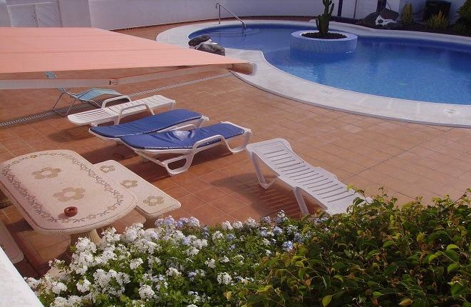 Schöne, helle Wohnung in Playa Paraiso mit großer Terrasse und gemütlichen Gemeinschaftspool