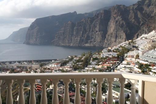 Los Gigantes, Teneriffa: Exklusive und geräumige Wohnung mit herrlichem Ausblick