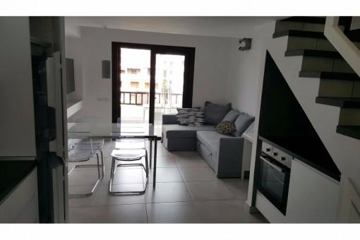 Frisch renovierte 2 Schlafzimmer Wohnung im Herzen von Las Americas, 50m vom Strand
