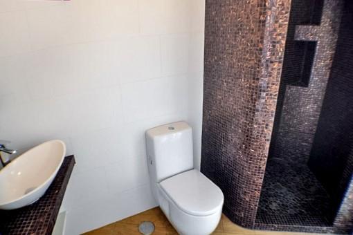 Alternative Ansicht vom Badezimmer