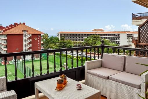 Helle Wohnung in La Paz in einer ruhigen Anlage mit 4 Terrassen, Tennisplatz, Schwimmbad und guter Infrastruktur