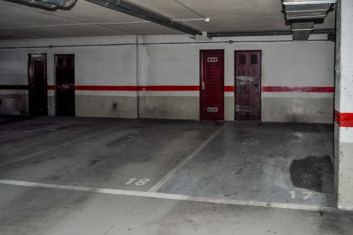 Großzügig geschnittene Garage