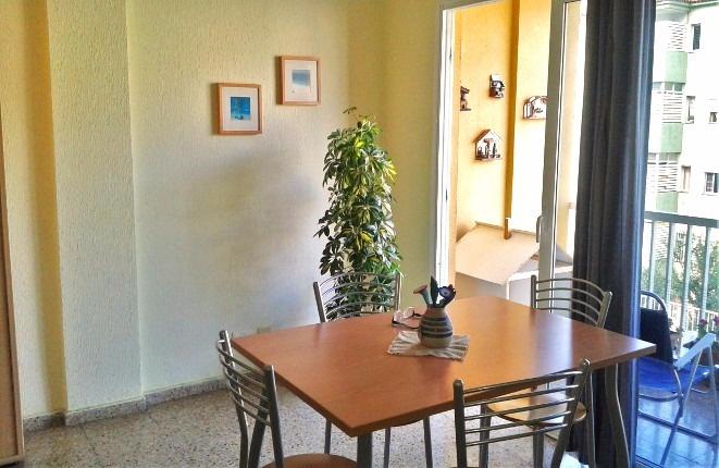 Preisgünstige 3 Schlafzimmer Wohnung in Puerto de la Cruz mit Garage