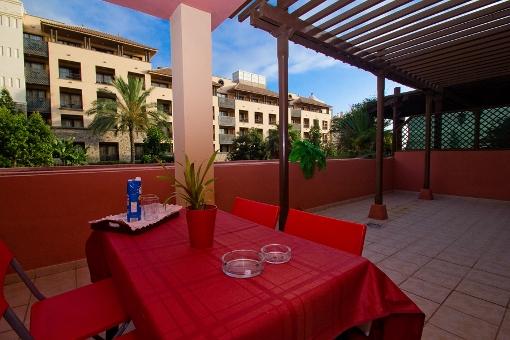 Sehr gepflegtes Appartement an der Costa Adeje, mit großer Terrasse, Aufzug und Gemeinschaftspool
