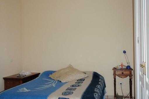 Master-Schlafzimmer mit Einbauschränken