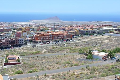 18 Grundstücke mit bester Infrastruktur und Panoramameerblick in San Isidro
