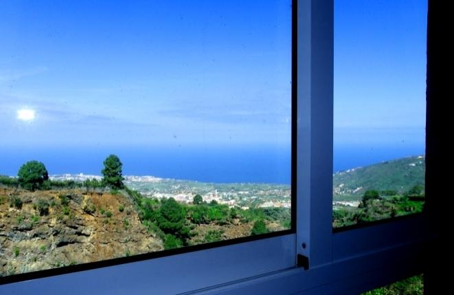 Blick auf Puerto de la Cruz und das Orotavatal