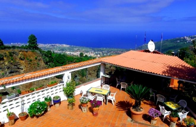 Komfortable Finca mit Panoramameerblick, Restaurant und 7 Wohneinheiten in malerischer Lage des Orotavatals