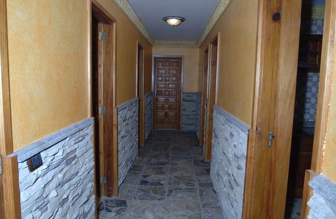 Durchgang zu den Toiletten
