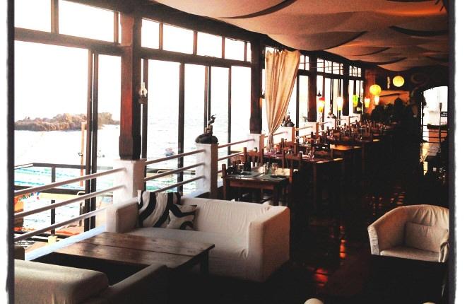 Blick in die Lounge und das Restaurant