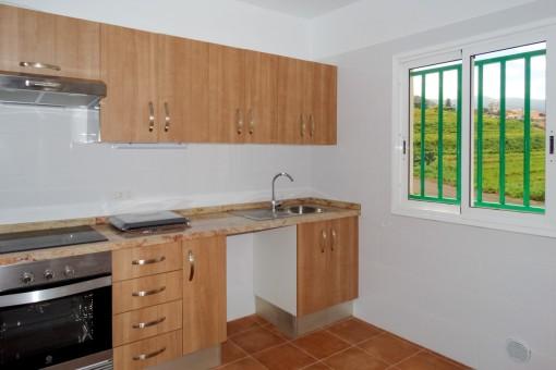 Offene Küche mit Fenster