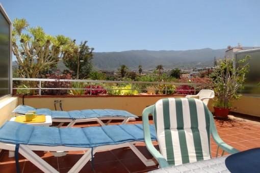 Helle Wohnung mit großer sonniger Terrasse und beheiztem Gemeinschaftspool in Puerto de la Cruz