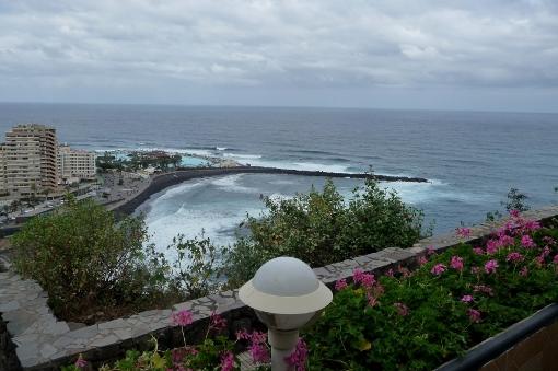 Blick aufs Meer vom Garten aus