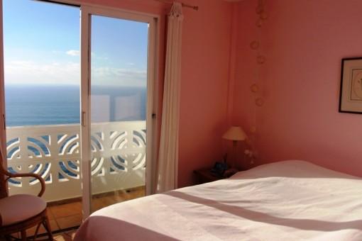 Erstes Schlafzimmer mit Meerblick