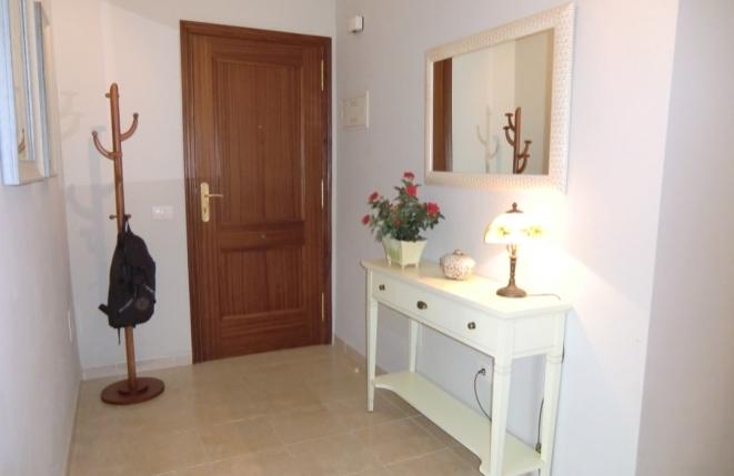 Blick in den Eingangsbereich der Wohnung